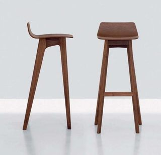 Bar-Stool-Modern-by-Formstelle